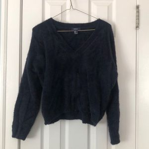 Forever 21 navy fuzzy sweater